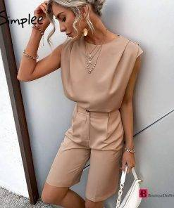 Sleeveless top and short suit